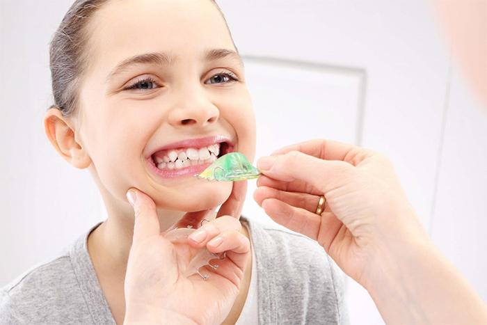 ارتودنسی کردن نامرتبی دندان ها