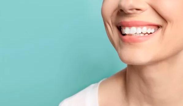 سفید کردن دندان یا بلیچینگ