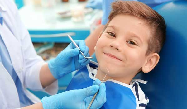 درمان عفونت دندان شیری کودکان برای آبسه دندان کودکان چه کنیم عفونت لثه در کودکان آبسه لثه کودکان باد کردن لثه دندان کودک درمان ابسه دندان کودکان در خانه عفونت دندان کودک عفونت دندان در کودکان درمان ابسه دندان کودک