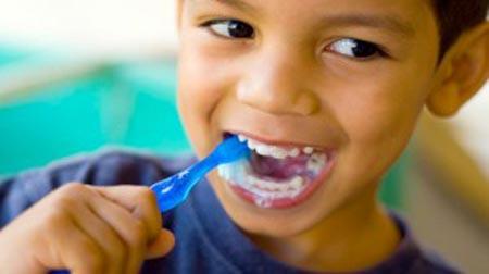 علت حساسیت دندان کودکان
