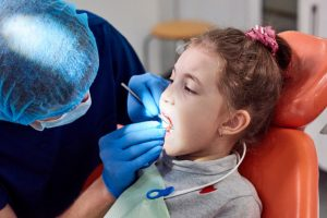 جراح دندانپزشک اطفال